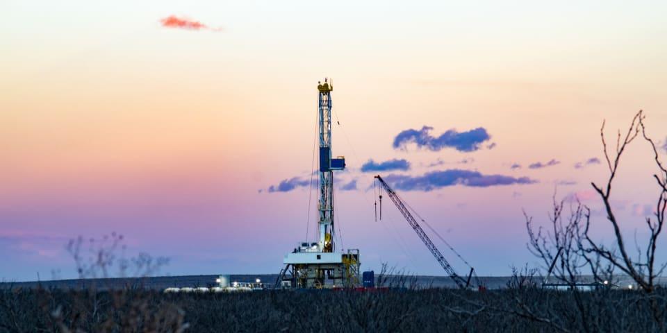 Oil majors hire PAGBAM for US$1 billion Vaca Muerta spend