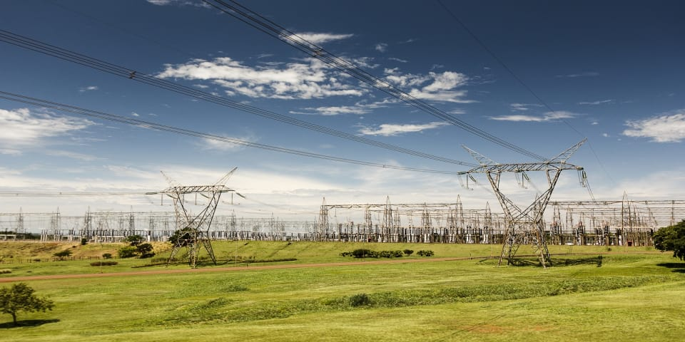 China's State Grid announces tender offer to up control of CPFL