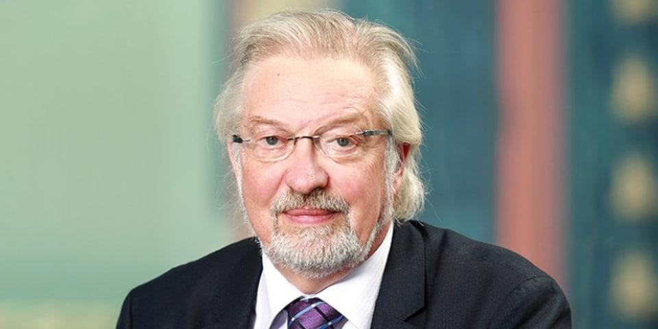 Leading Dubai lawyer goes solo as arbitrator