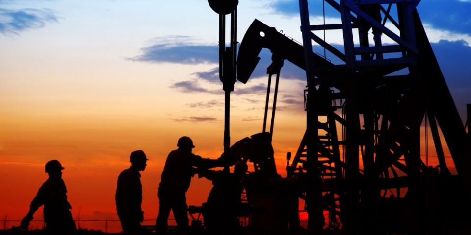 Washington, DC: The politics of oil and gas restructuring