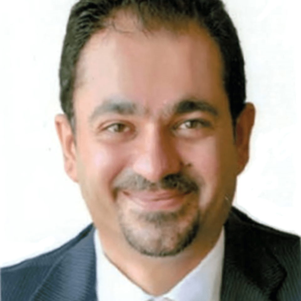 Omar M H Aljazy