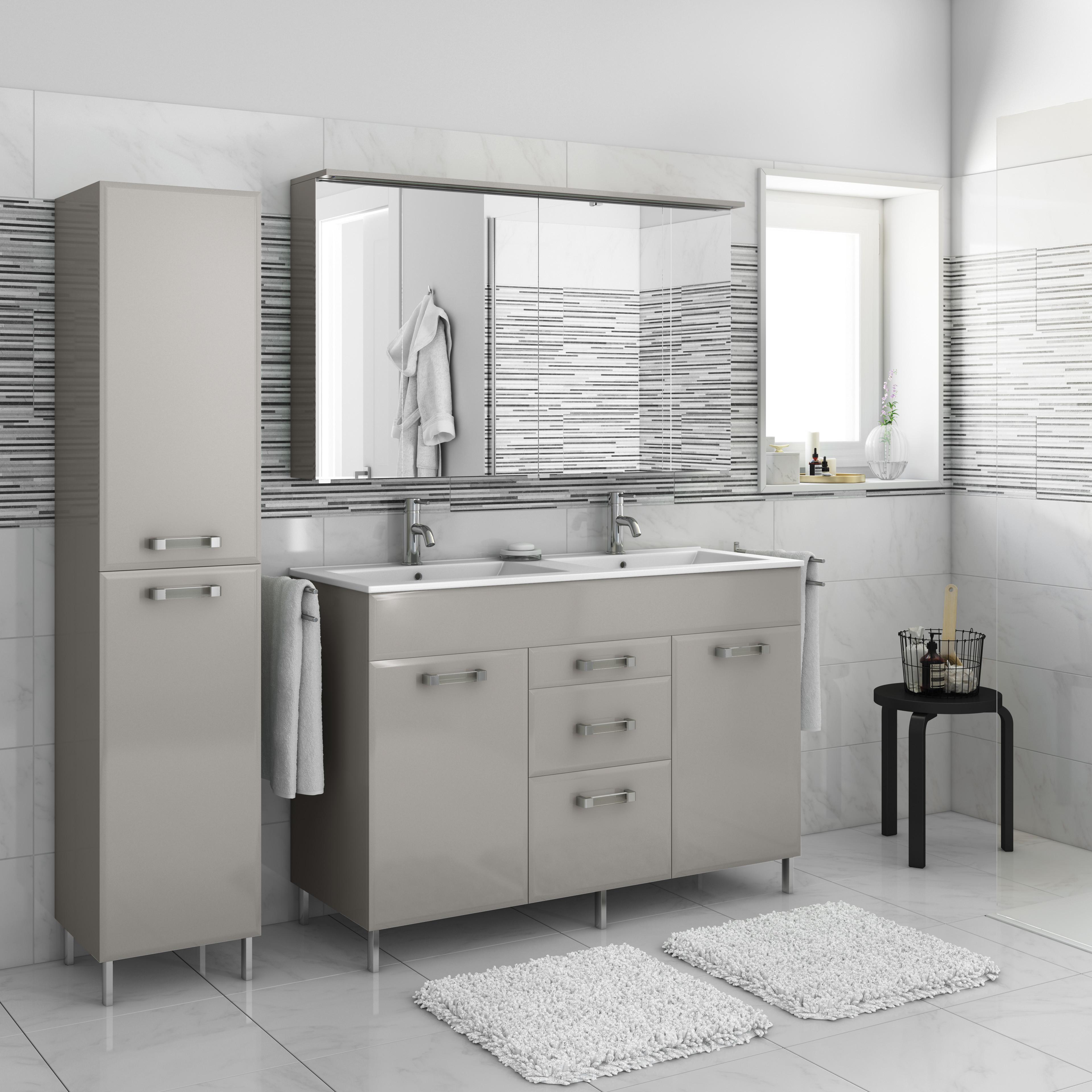 Produttori mobili bagno italia stunning specchio in for Produttori arredo bagno