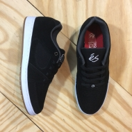 Accel Slim Shoe Black / White