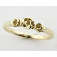 Yellow Gold Band, Three Dainty Roses