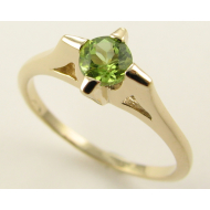 Retro Star Ring, Peridot & Yellow Gold