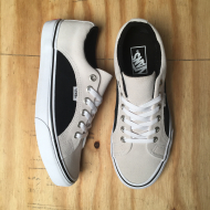 Lampin Shoe Off White / Black