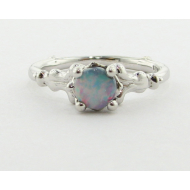 Motif Ring, Opal & White Gold