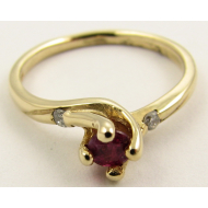 Ruby Yellow Gold Ring, Diamond, Twist