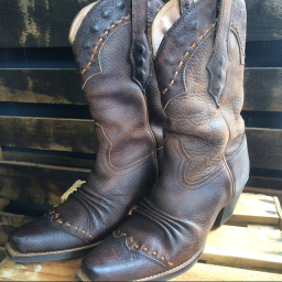 Ariat Dixie Boot size 6 : Rebel Hearts & Co.