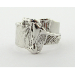 Grafted. A Root Ring in White Gold