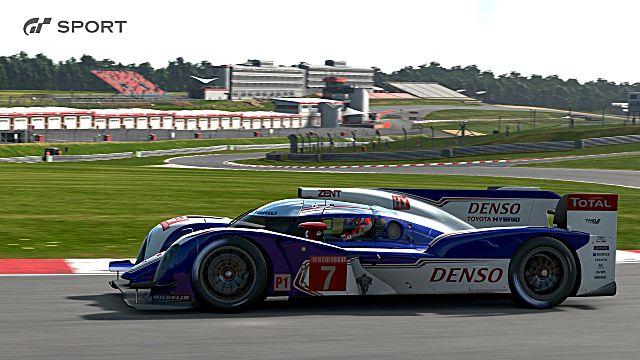 Gran Turismo Sport racing