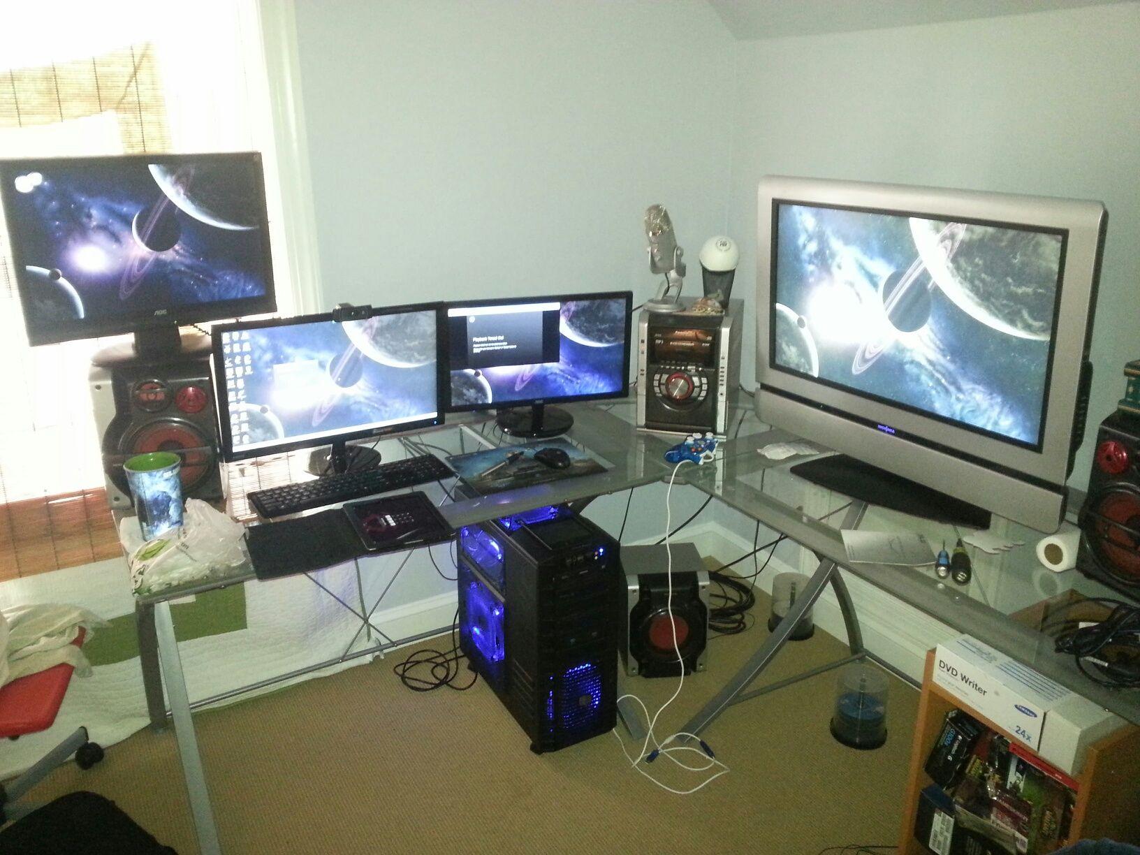 best gamer setups and furniture. Black Bedroom Furniture Sets. Home Design Ideas
