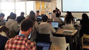 Logistic regression workshop at satRday Cape Town