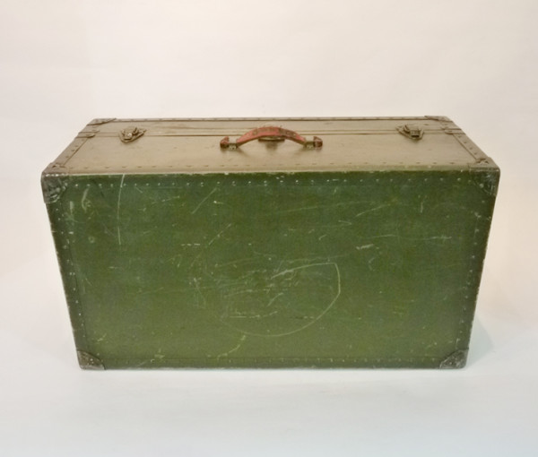 1: Green Wooden Vintage Chest
