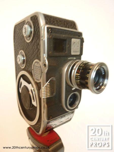 1: 8mm cine camera