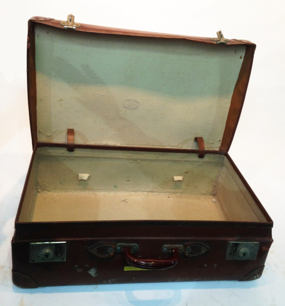 5: Brown Vintage Suitcase