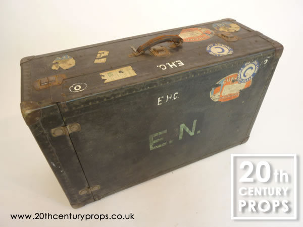1: Vintage travel trunk