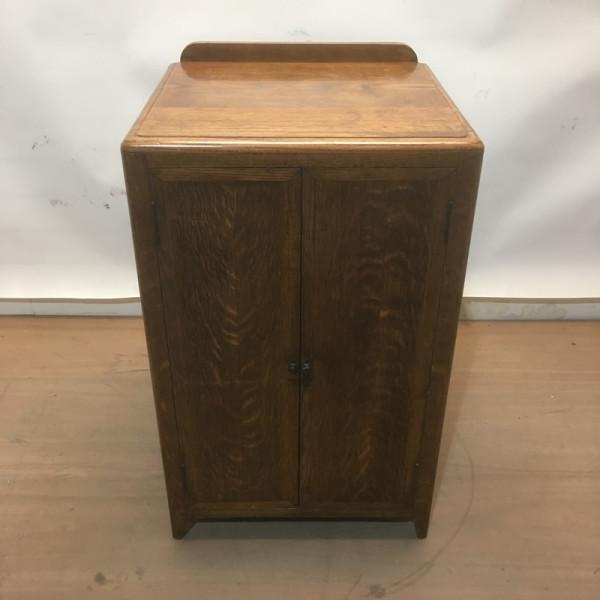 2: Oak plinth / cabinet