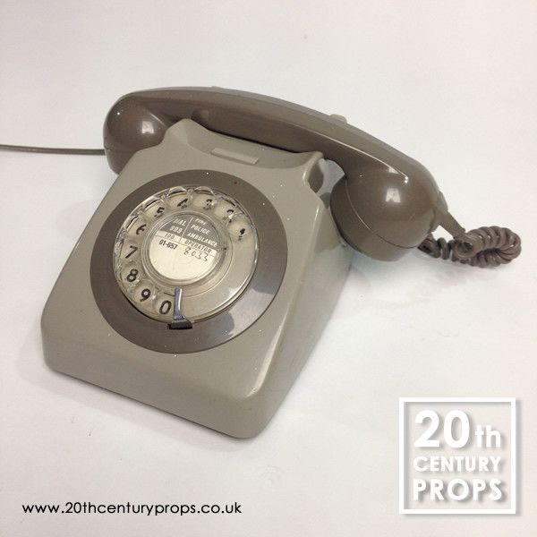 1: Retro telephone
