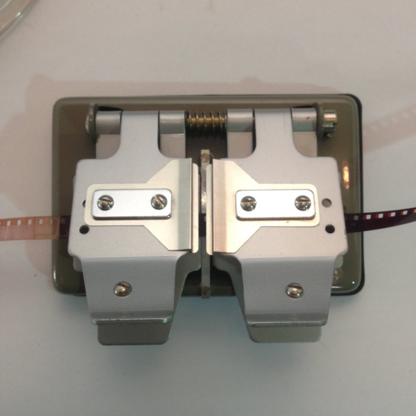 3: 8mm and 16mm Film Splicer