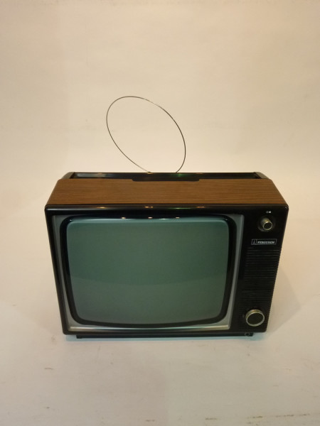 1: Retro Wood Finish 1970's TV