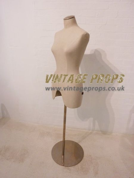 2: Vintage style female mannequin