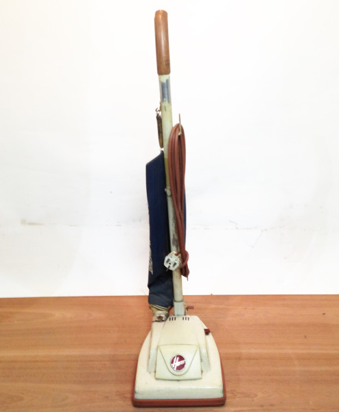 2: White Retro Hoover Vacuum Cleaner