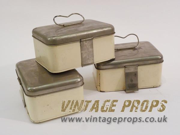 1: 1950's picnic tins