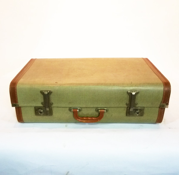 1: Cream Wood Finish Suitcase