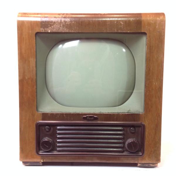 3: Vintage 1940's TV