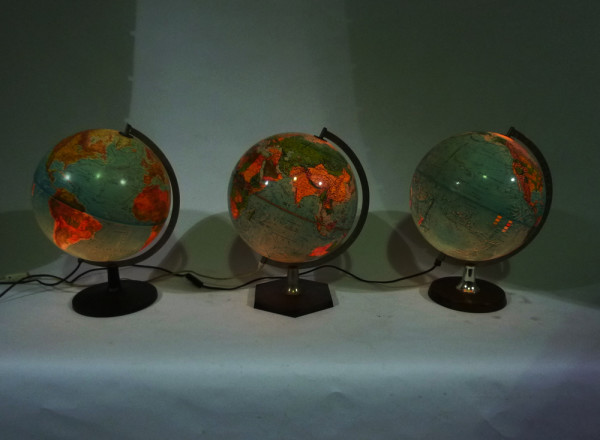 3: Illuminated Globes
