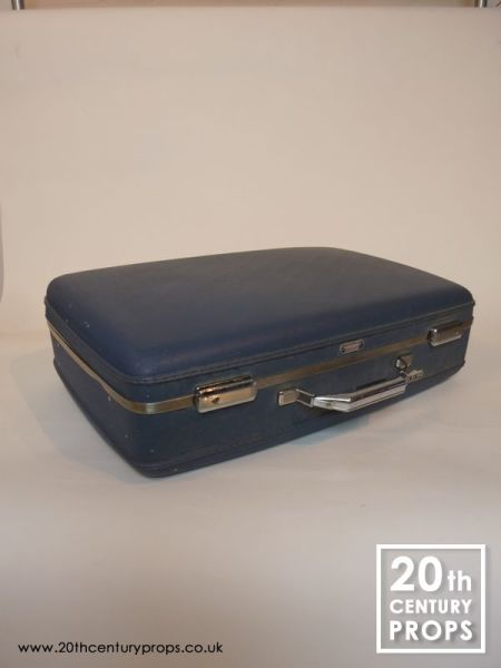 1: Vintage American travel case