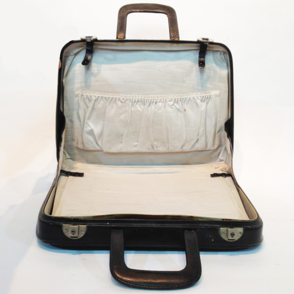 2: Thin Black Soft Leather Suitcase