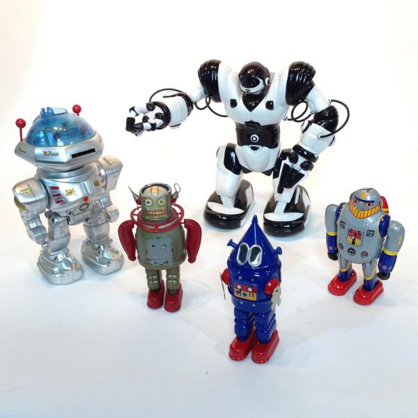 1: Robots