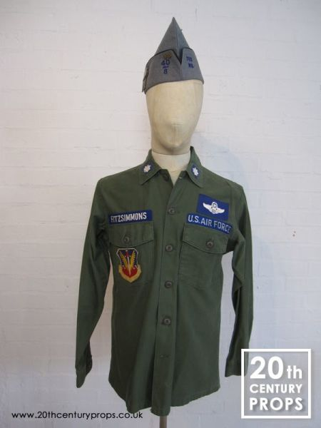 1: Vintage US Airforce shirt & beret