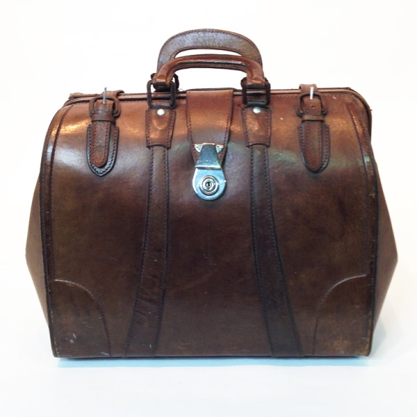 1: Brown Leather Doctors Open Top Case