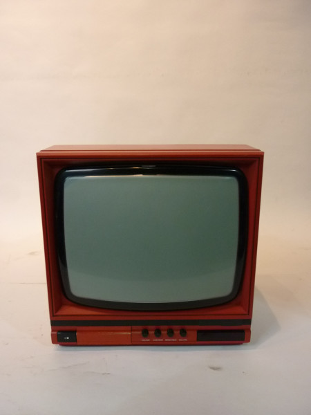 4: Red Portable 1990's TV