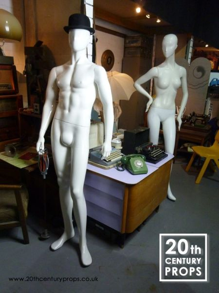 2: Male & Female mannequins
