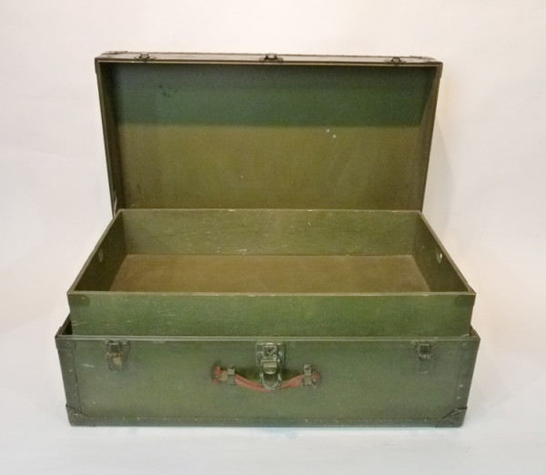 4: Green Wooden Vintage Chest