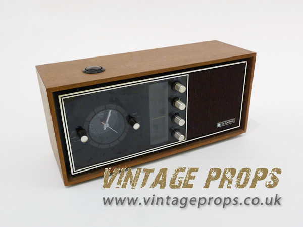 1: Vintage electric radio/alarm clock