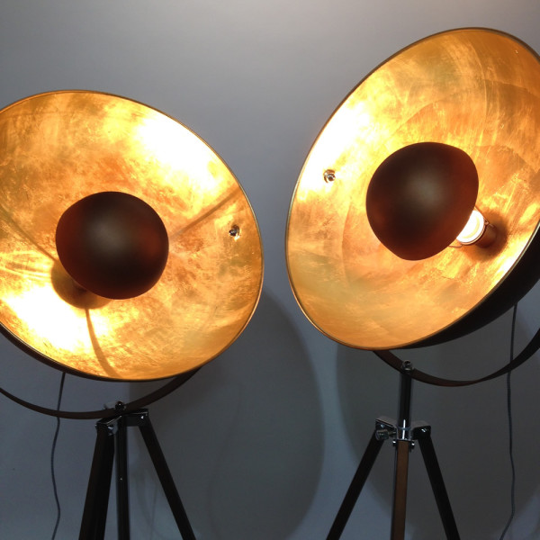 4: Copper Domed Stagelight