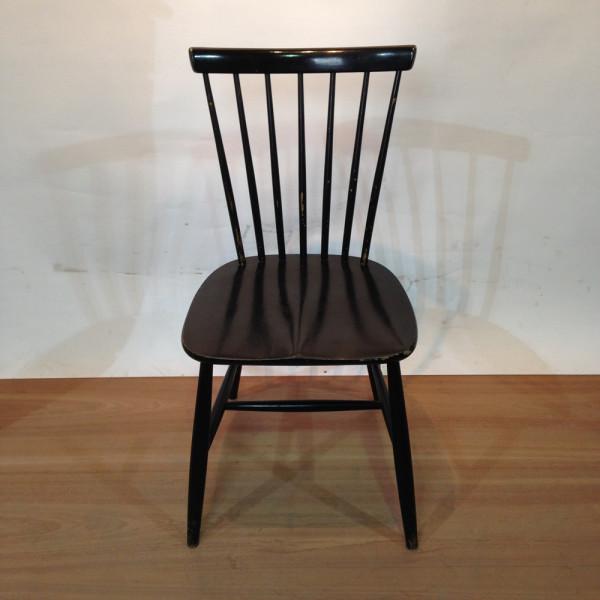2: Wooden Chair Swedish Design