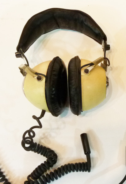 1: Cream Retro Headphones