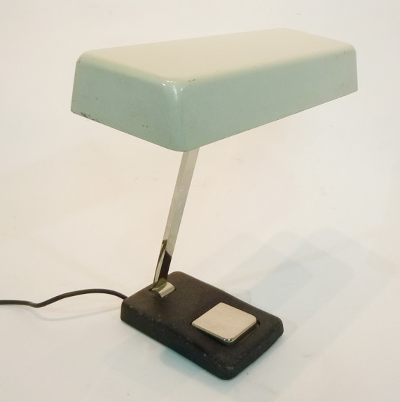 2: White Vintage Low Light Desk Lamp