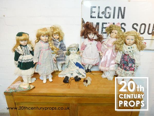 1: Vintage style dolls