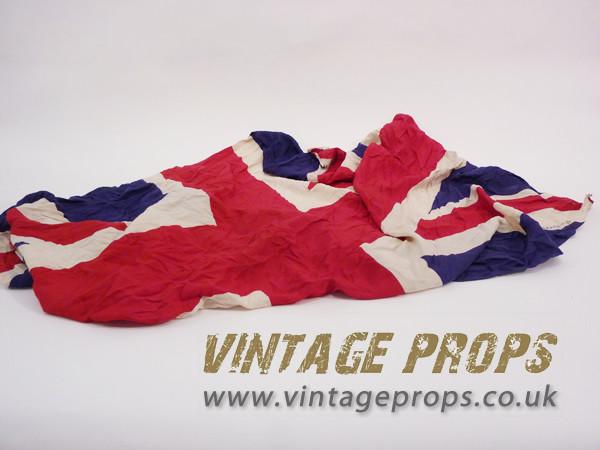 1: Vintage Union Jack Flag