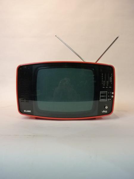 3: Red 1960's Retro Italian TV