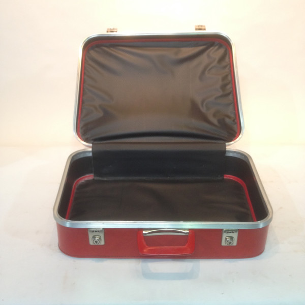 2: White with Red Stripes Soft Shell Retro Suitcase