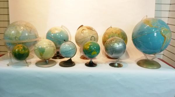 1: Vintage Globes