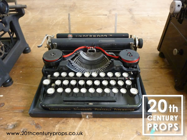 1: Vintage Underwood Typewriter